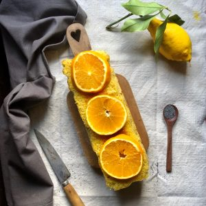 Cake aux graines de pavot, citron et orange